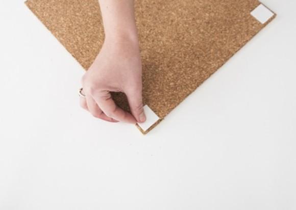 Как сделать крепеж на доску для заметок