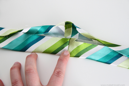 шьем детский галстук