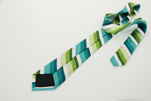 заканчиваем шить галстук