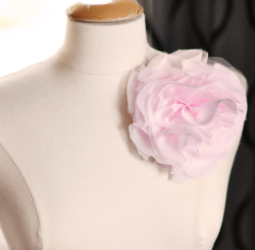 Красивые цветы на платье своими руками 51