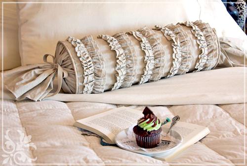 декоративные подушки готовы