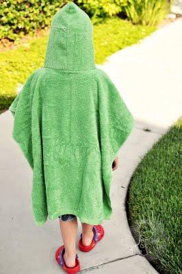 Как сшить детское полотенце-пончо Просто Мама 21
