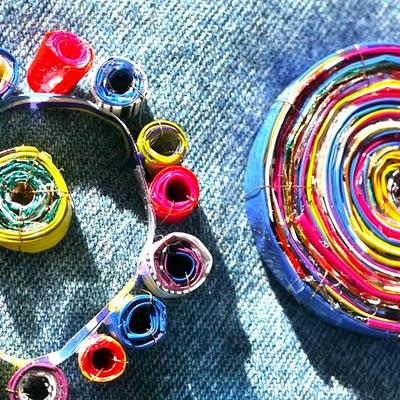 Украшения из конфетных фантиков