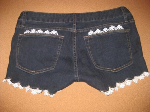 Декор джинсовых шорт своими руками 610